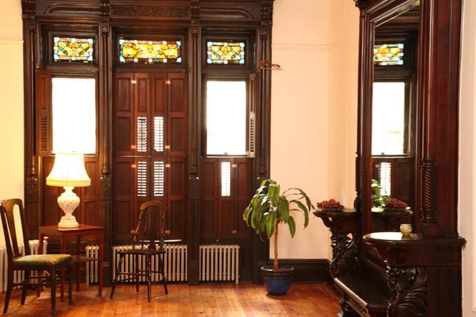 Photo 2 - Sankofa Aban Bed and Breakfast New York City