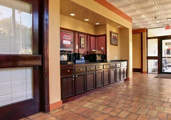 Photo 2 - Americas Best Value Inn & Suites Pensacola
