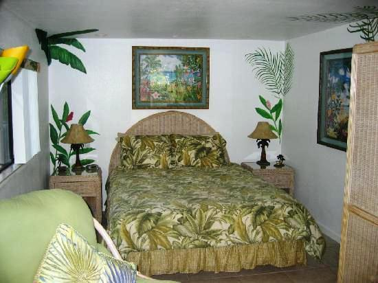 Photo 3 - Hale Lani Bed and Breakfast