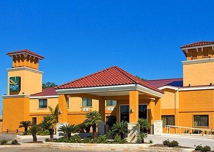 Photo 1 - Quality Inn San Antonio Texas