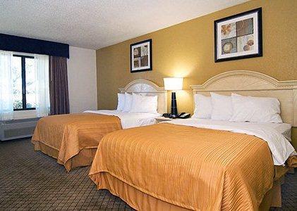 Photo 3 - Quality Inn San Antonio Texas