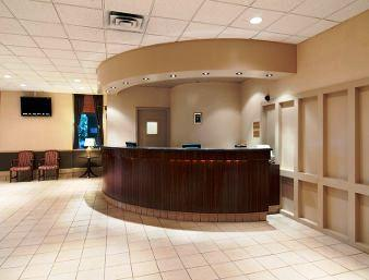 Photo 1 - Travelodge Calgary International Airport