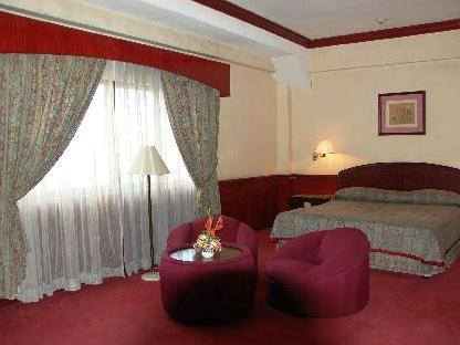 Photo 3 - Great Eastern Hotel Quezon City
