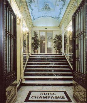 Photo 2 - Champagne Palace