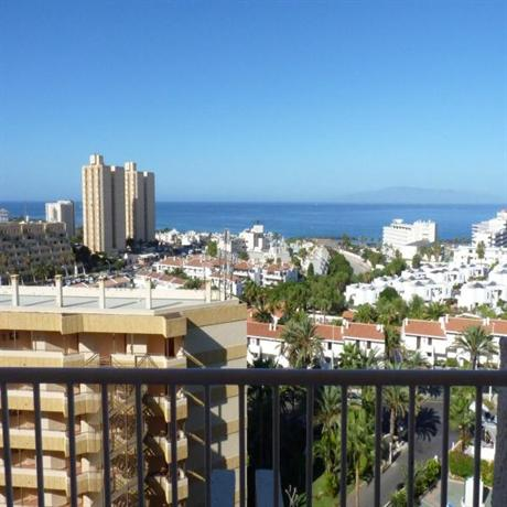 Photo 2 - Apartamentos Caribe Tenerife
