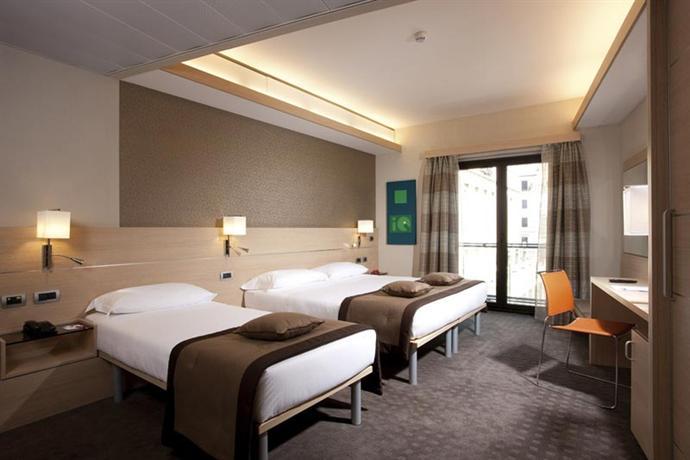 Photo 3 - iQ Hotel Roma