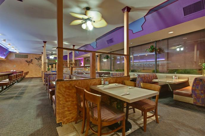 Photo 3 - Best Western Plus Royal Sun Inn & Suites