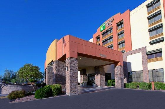 Photo 2 - Holiday Inn Express Hotel & Suites Tempe