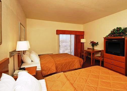 Photo 1 - Comfort Inn West