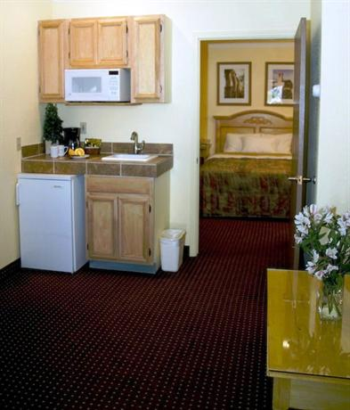 Photo 1 - BEST WESTERN Phoenix Goodyear Inn