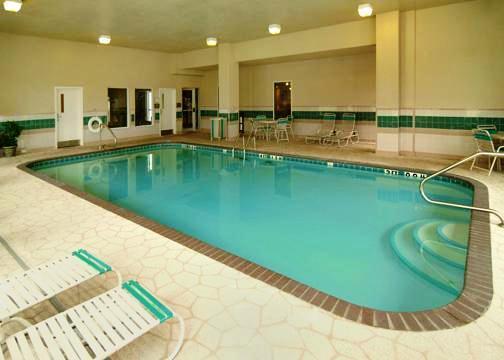 Photo 1 - Comfort Inn & Suites Presidential