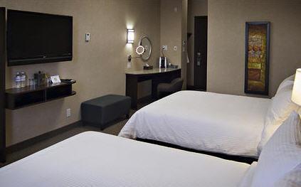 Photo 1 - Acclaim Hotel Calgary Airport