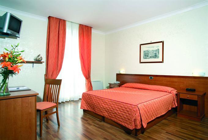 Photo 1 - Romoli Hotel