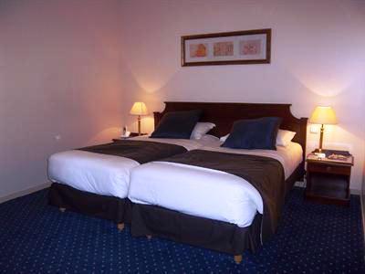 Photo 1 - Best Western Premier Amiral Hotel