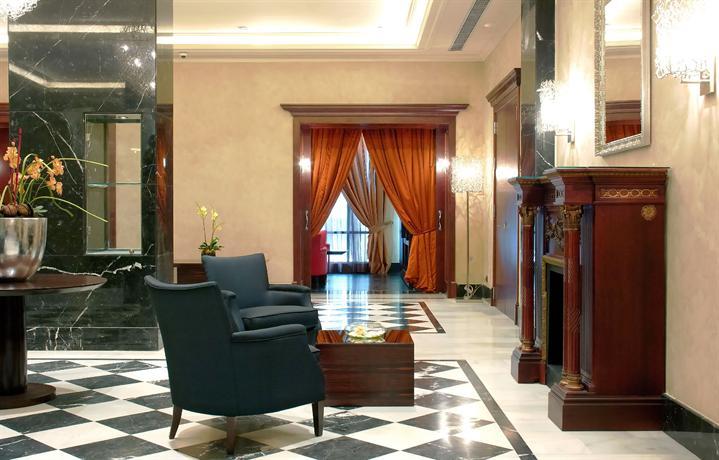 Photo 3 - Barcelona Center Hotel