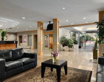 Photo 2 - Ramada Victoria Hotel