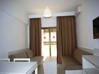 Photo 2 - Apartamentos Embat