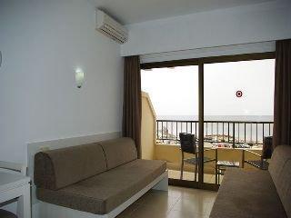 Photo 3 - Apartamentos Embat