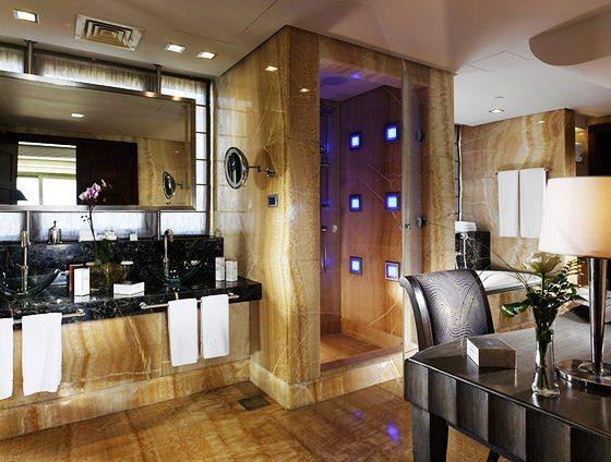Photo 2 - Phoenicia Hotel