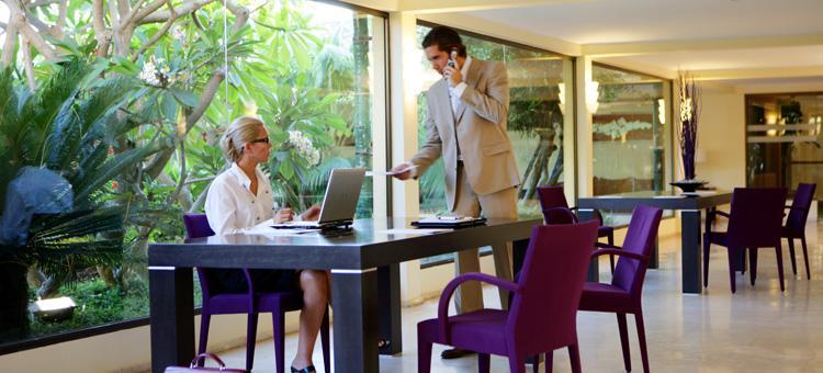 Photo 2 - Don Carlos Resort Leisure & Spa