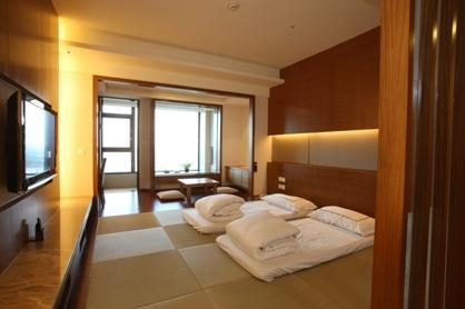Photo 2 - Evergreen Resort Hotel Jiaosi