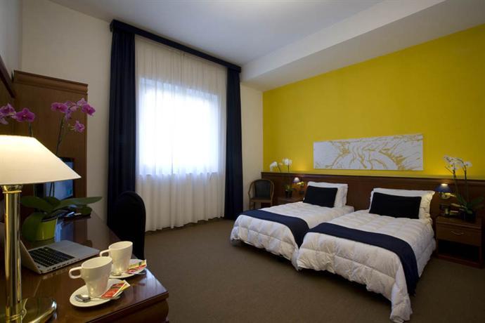 Photo 2 - Grand Hotel Tiberio