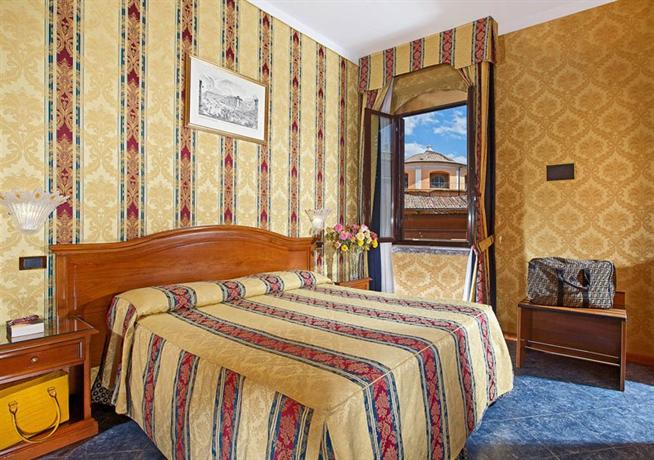 Photo 2 - Hotel Raffaello Rome