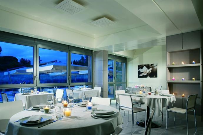 Photo 1 - Ardeatina Park Hotel