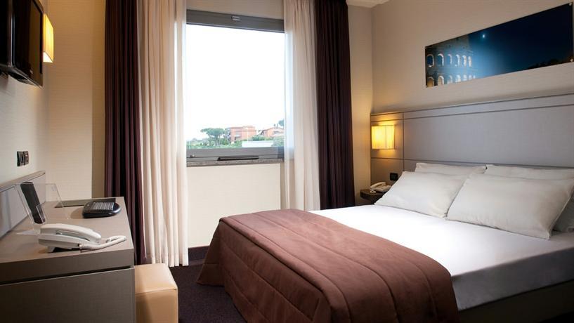 Photo 2 - Ardeatina Park Hotel