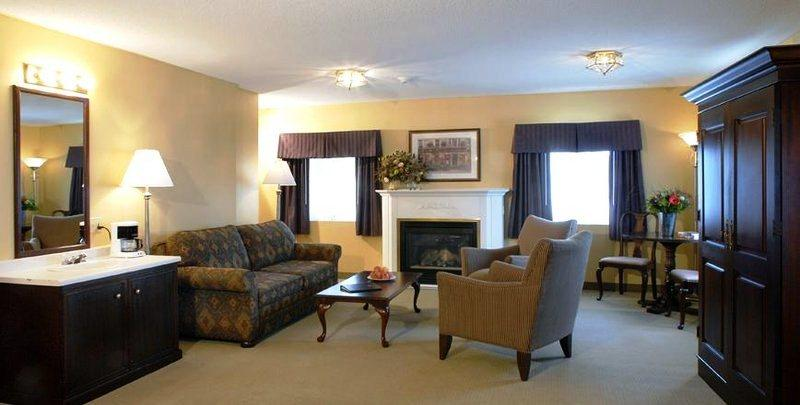 Photo 2 - BEST WESTERN Colonel Butler Inn