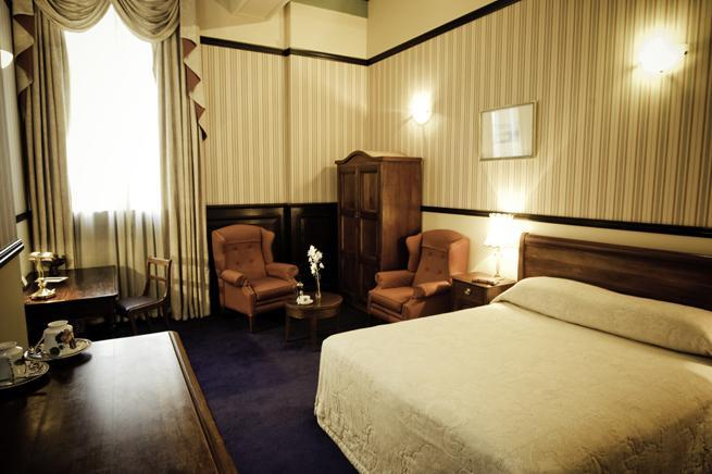 Photo 3 - Wellesley Boutique Hotel