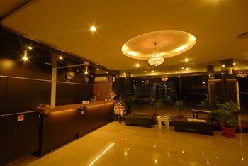 Photo 1 - Batam Center Hotel