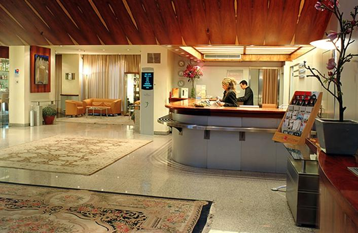 Photo 2 - Hotel Exe Puerta Castilla