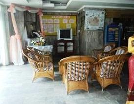 Photo 2 - Saket Nakhorn Hotel