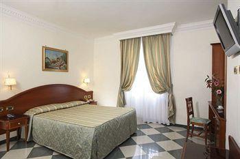 Photo 3 - Hotel Contilia