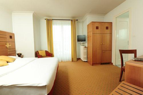 Photo 3 - Eden Hotel Geneva