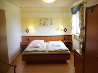 Photo 2 - Hotel-Pension Zum Hanseaten