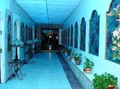 Photo 2 - Kuwait Hyatt Hotel