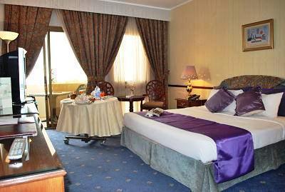 Photo 3 - Kuwait Hyatt Hotel