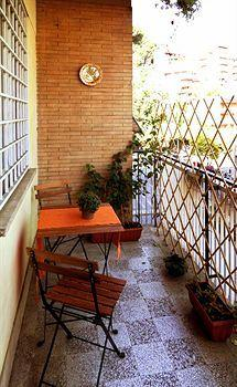 Photo 3 - Il Terrazzino Bed & Breakfast Rome