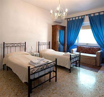Photo 1 - Il Terrazzino Bed & Breakfast Rome