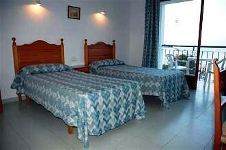 Photo 1 - Hostal La Perla Ibiza