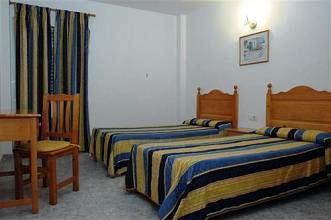 Photo 3 - Hostal La Perla Ibiza