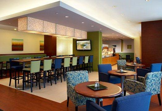 Photo 3 - Holiday Inn Express Hotel & Suites Montreal Airport