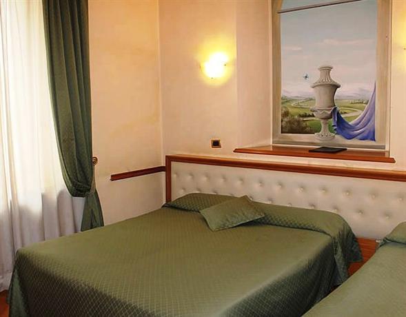 Photo 3 - Hotel Regina Margherita