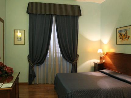 Photo 3 - Hotel Fiori