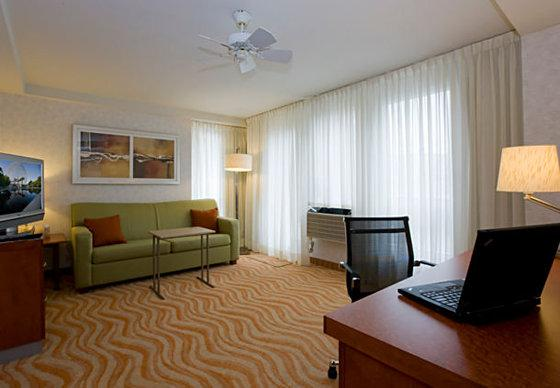 Photo 3 - Marriott SpringHill Suites Old Montreal