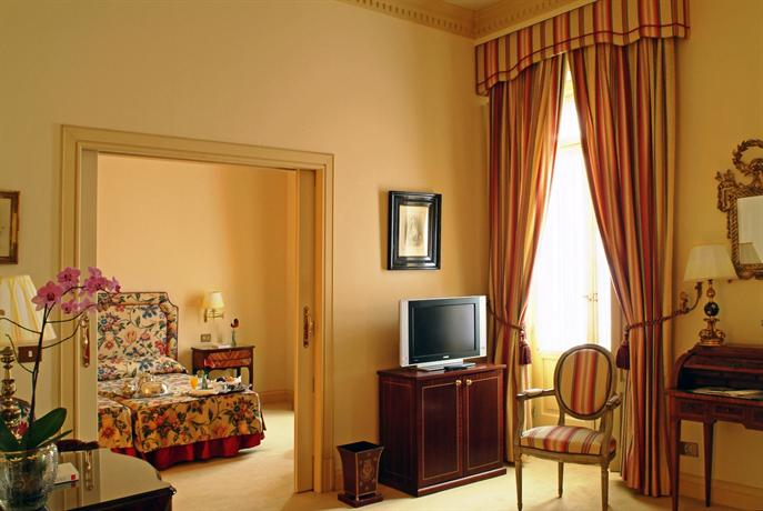 Photo 3 - Hotel Orfila