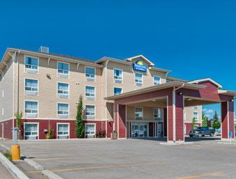 Photo 1 - Days Inn & Suites - Cochrane