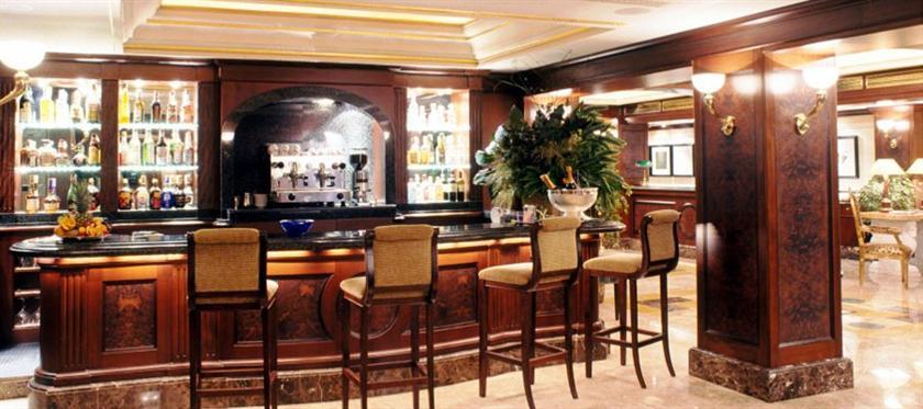 Photo 3 - River Chateau Hotel
